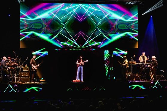 Frank-Zappa-Hologram-Tour-24